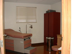 Modular medical building exam room 2