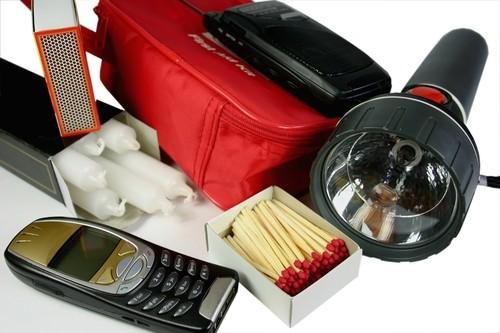 Disaster safety kit